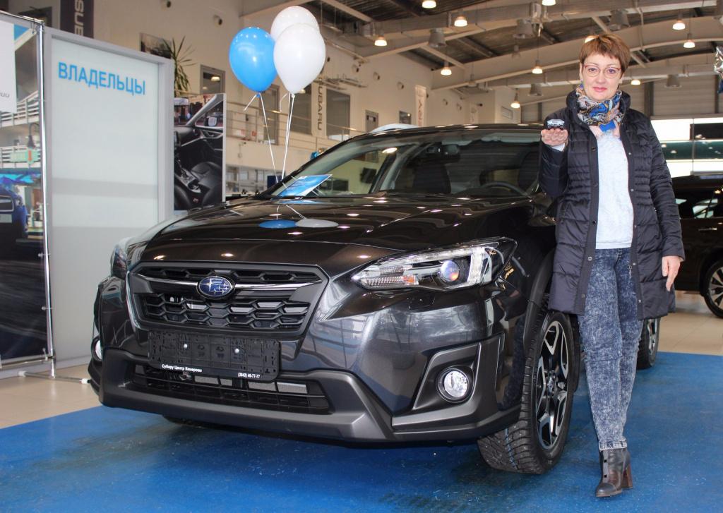 В Субару Центр Кемерово состоялась первая выдача нового Subaru XV.